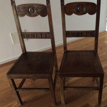 N. 2 sedie in legno, anni 50/60