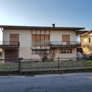 Vendita Casa indipendente - 7 Locali - MA 411