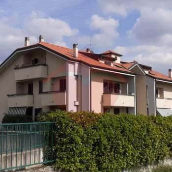 Appartamento in affitto a Ornago (MB)