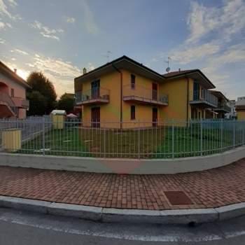 Appartamento in affitto a Rivolta d'Adda (CR)