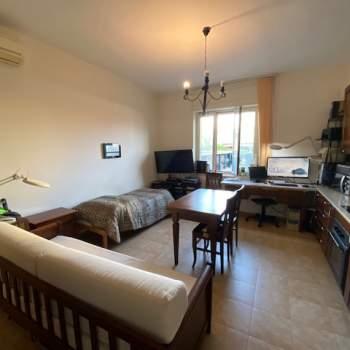 Appartamento in vendita a Napoli (NA)