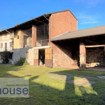 Casa a schiera in vendita a Ghislarengo (VC)