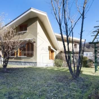 Villa in vendita a Borgosesia (VC)