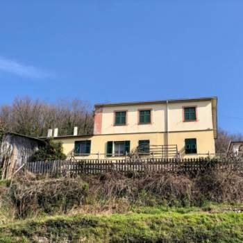 Casa singola in vendita a Neirone (GE)