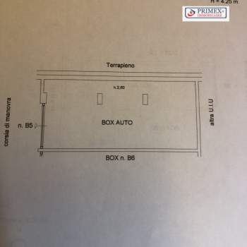 Garage in vendita a Roma (RM)