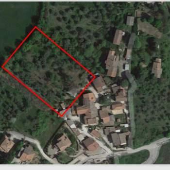Terreno in vendita a Stroncone (TR)