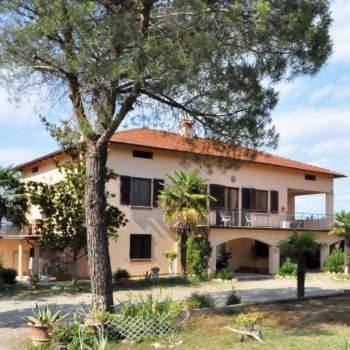 Villa in vendita a Castiglione del Lago (PG)