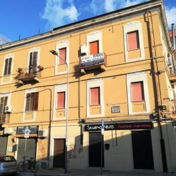 Palazzo in vendita a Pescara (PE)