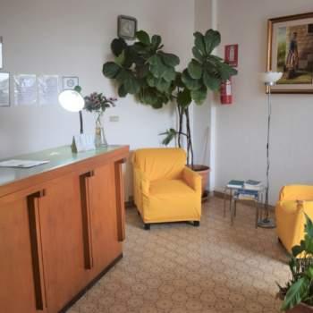 Hotel - albergo in vendita a Pescara (PE)