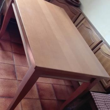Vendo tavolo in legno allungabile