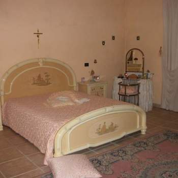 Bed and breakfast in vendita a Villa Castelli (BR)