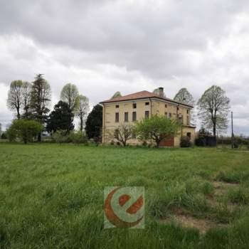 Villa in vendita a Quinto Vicentino (Vicenza)