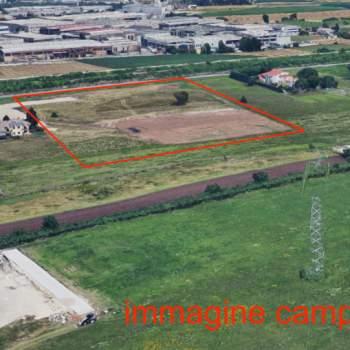 Terreno in vendita a Trissino (Vicenza)
