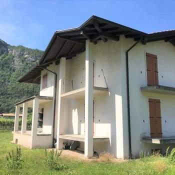 Villa a Ala