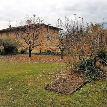 Villa Bifamiliare a Mori