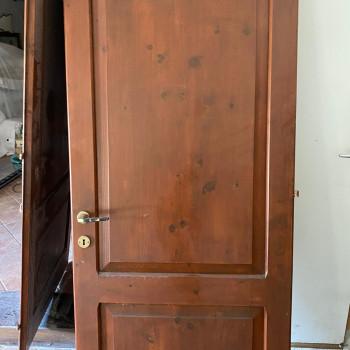 Porte in legno di recupero