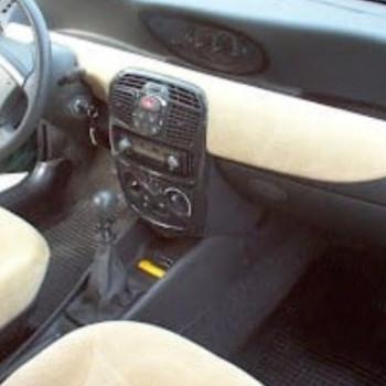 Lancia y 16v Cat 2001