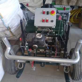 Vendo verricello uso forestale con motore a scoppio da 700 cc