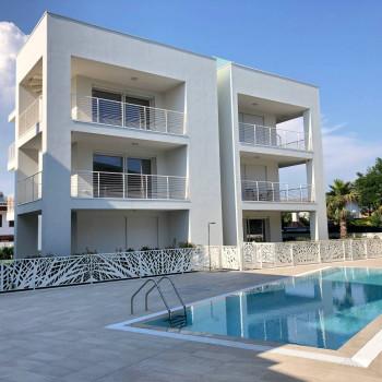 Nuovo Residence con piscina in Pineta, Jesolo