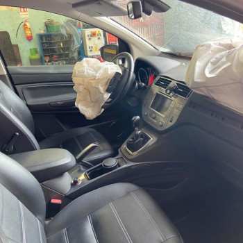 Ford Kuga del 2011 2.0 diesel  per pezzi di ricambio