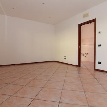 Ponzano V.to - Merlengo - Appartamento 2 Camere - Piano Terra - Ingresso Indipen